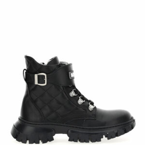 Monnalisa Kids Leather Combat Boots.These very rock logoed ankle boots feature fashion details and fake laces.