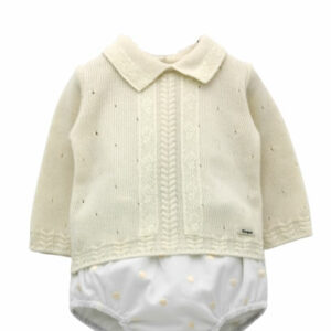Foque Baby Boys Pearl Set. Pearl sweater, knitted wool, with delicate work on the cuffs and collar. The pearl shorts have a soft lining and an elasticated waist and cuffs for comfort. The fabric has small embroidered circles.